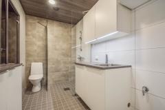 kuusenlatvankatu kylpyhuone